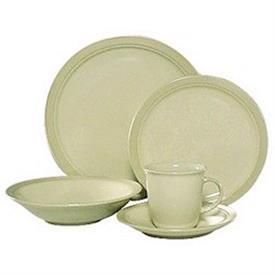 malibu_dune_china_dinnerware_by_mikasa.jpeg