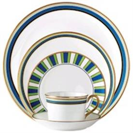 marc_jacobs_david_ocean_china_dinnerware_by_waterford.jpeg