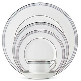marc_jacobs_rene_china_dinnerware_by_waterford.jpeg