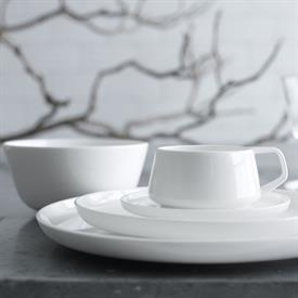 marc_newson_collection_china_dinnerware_by_noritake.jpeg