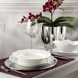 maria_theresia_white_china_dinnerware_by_rosenthal.jpeg