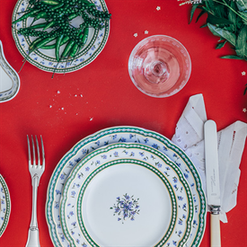 marie_antoinette_china_dinnerware_by_bernardaud.png