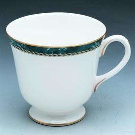 medici_green_china_dinnerware_by_royal_worcester.jpeg