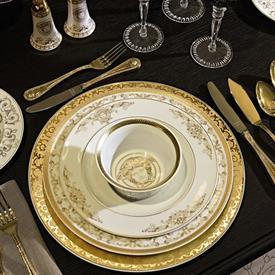 medusa_gala_china_dinnerware_by_versace.jpeg