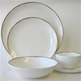metallic_basso_gold_china_dinnerware_by_calvin_klein.jpeg