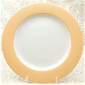 mica_honey_gold_china_dinnerware_by_noritake.jpeg