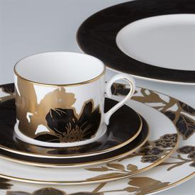 minstrel_gold_china_dinnerware_by_lenox.jpeg