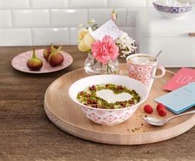 modern_dining_rose_caro_china_dinnerware_by_villeroy__and__boch.jpeg