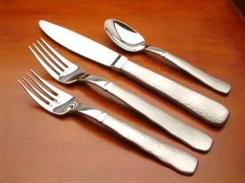moraine_stainless_flatware_by_oneida.jpg