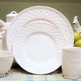 mulberry_porcelain_china_dinnerware_by_royal_doulton.jpeg