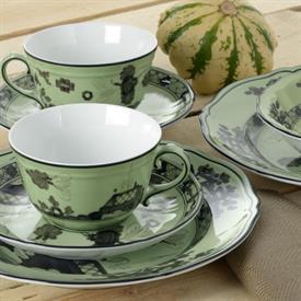 oriente_italiano_bario_china_dinnerware_by_richard_ginori.jpeg