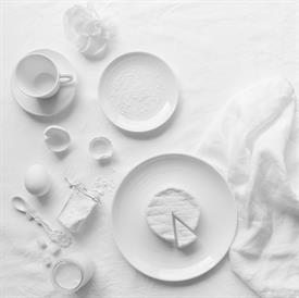 origine_white_china_dinnerware_by_bernardaud.jpeg