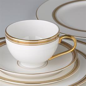 oxford_place_china_dinnerware_by_kate_spade.jpeg