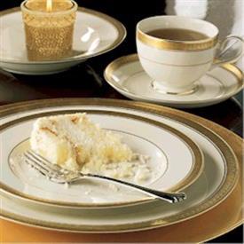 palatial_gold_china_china_dinnerware_by_mikasa.jpeg