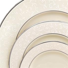 pearl_innocence_china_dinnerware_by_lenox.jpeg