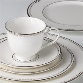 pearl_platinum_china_dinnerware_by_lenox.jpeg