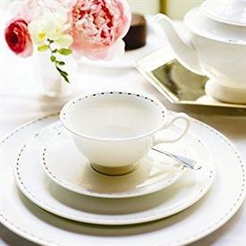 pearl_strand_barbara_barry_china_dinnerware_by_wedgwood.jpeg
