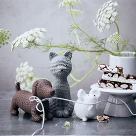 pets___knitted_animals_china_dinnerware_by_rosenthal.jpeg