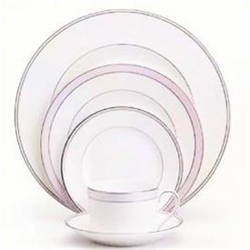pink_duchesse_china_dinnerware_by_vera_wang_wedgwood.jpeg