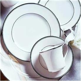 platinum_traditions_china_dinnerware_by_noritake.jpeg