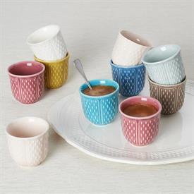 pont_aux_choux_espresso_china_dinnerware_by_gien.jpeg