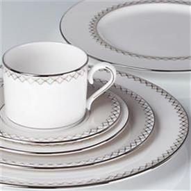 quatrefoil_china_dinnerware_by_lenox.jpg