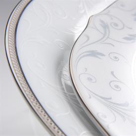regina_platinum_china_dinnerware_by_noritake.jpeg
