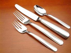 rendition_plated_flatware_by_oneida.jpg