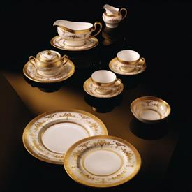 riverton_china_dinnerware_by_minton.jpeg