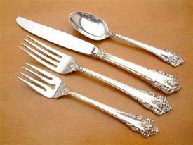 rondelay_sterling_silverware_by_lunt.jpg