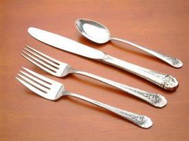 royal_windsor_sterling_silverware_by_towle.jpg
