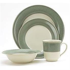 safari_green_china_dinnerware_by_noritake.jpeg