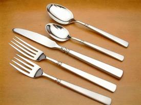 satin_easton_stainless_flatware_by_oneida.jpg