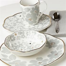 scattered_petals_china_dinnerware_by_lenox.jpeg