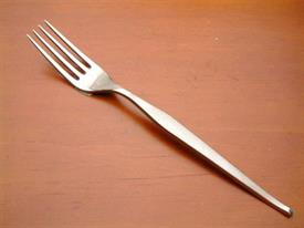 shape_stainless_flatware_by_towle.jpg