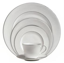 signature_platinum_rd_china_dinnerware_by_royal_doulton.jpg