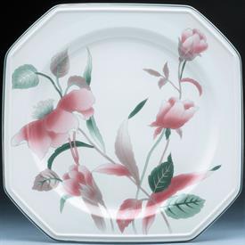 silk_flowers_china_dinnerware_by_mikasa.jpeg
