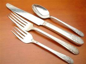 silver_mist_plated_flatware_by_international.jpg