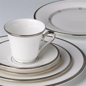 solitaire_white_china_dinnerware_by_lenox.jpeg
