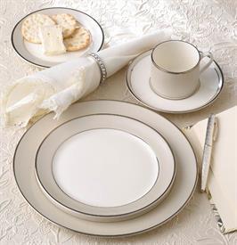 solstice_china_dinnerware_by_pickard.jpeg