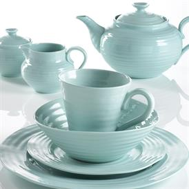 sophie_conran_celadon_china_dinnerware_by_portmeirion.jpeg