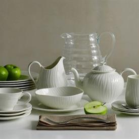 sophie_conran_white_oak_china_dinnerware_by_portmeirion.jpeg