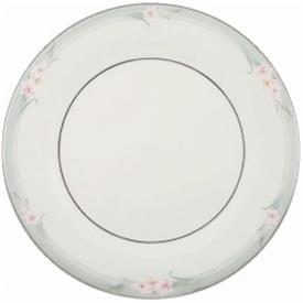 sophistication_china_dinnerware_by_royal_doulton.jpeg