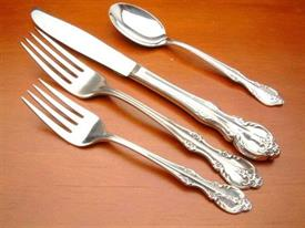 southern_splendor_plated_flatware_by_rogers.jpg