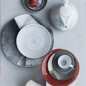 tac_stripes_2.0_china_dinnerware_by_rosenthal.jpeg