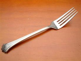 tiara_wallace_stainless_flatware_by_wallace.jpg