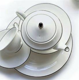 top_note_barbara_barry_china_dinnerware_by_wedgwood.jpeg