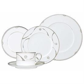trendsetter_china_dinnerware_by_royal_doulton.jpeg