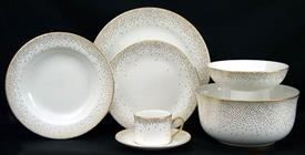 trousdale_gold_china_dinnerware_by_kelly_wearstler.jpeg
