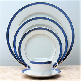 univers_azur_china_dinnerware_by_bernardaud.jpeg